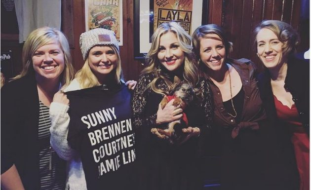 miranda lambert shows support for fellow texas songwriters on hard candy christmas tour saving country music - Hard Candy Christmas